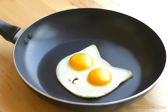 貓奴必拜搶手好物-Egg addiction貓咪煎蛋器-2