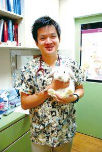 加生動物醫院-廖柏松醫師