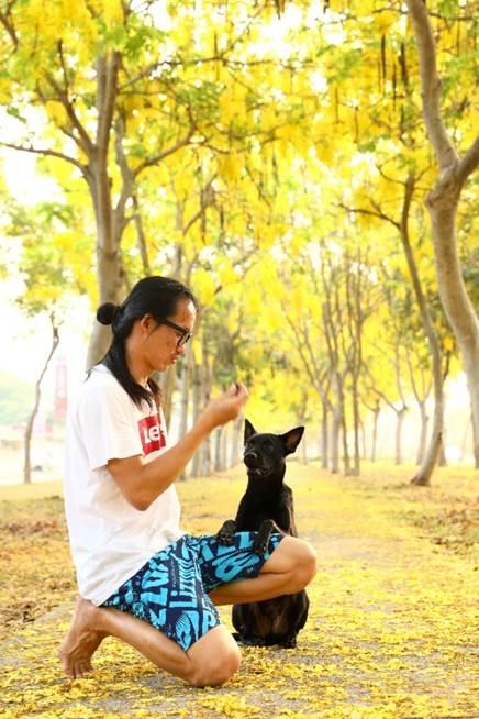 智豪透過自己的方式跟動物溝通,讓他們感受來自內心的溫暖和信任