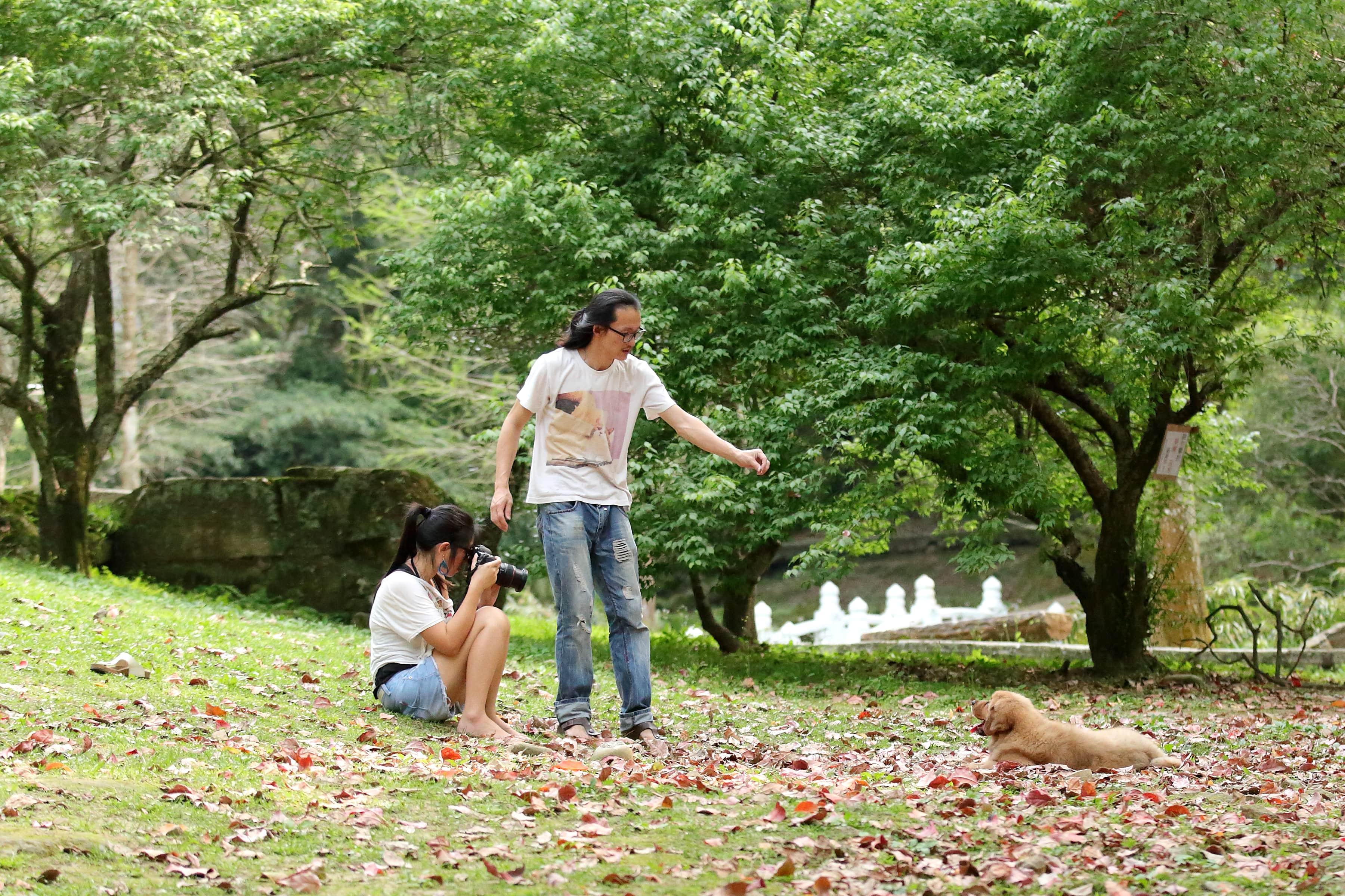 在偶然拍攝工作中,智豪覺察自己和動物溝通的能力